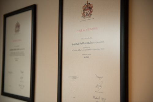 Liverpool Accountants - Certificates